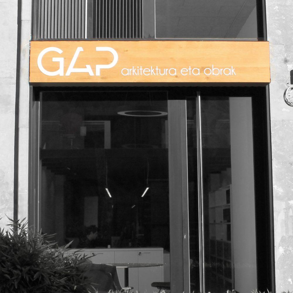 01-GAP